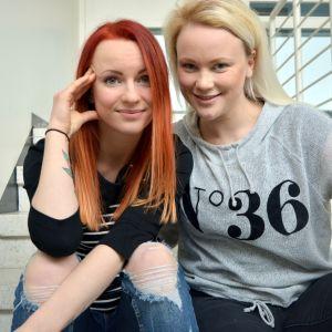 Janina Nylund och Carola Ekman.