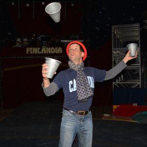 Cirkusartisten Rob Torres från New York, USA.