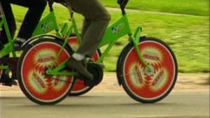 Helsingin ensimmäiset kaupunkipyörät vuonna 2000.