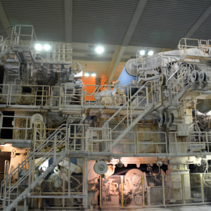 Pappersmaskin 3 vid Sappis fabrik i Lojo.