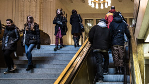 Invandrare på Helsingfors järnvägsstation