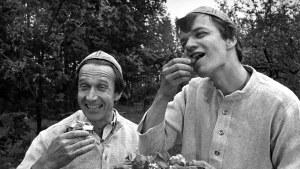 Keittiömestarit Veijo Vanamo ja Jaakko Kolmonen.