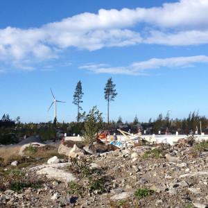 Vasas nya bostadsområde i Yttersundom ligger knappa 800 meter från Merventos testvindmölla