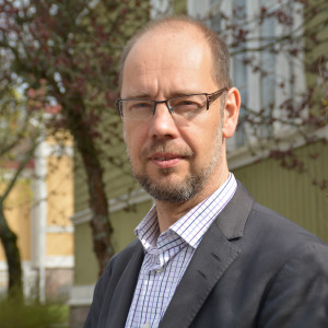 Psykiater Kristian Wahlbeck, utvecklingsdirektör för Föreningen för Mental Hälsa i Finland.