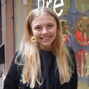 Sofia Järnefelt är modedesigner