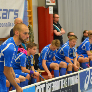 Jori Isomäki tränare och spelare i Blue Fox.