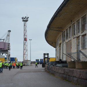 Högsta förvaltningsdomstolen inspekterar Engelska magasinet i Hangö.
