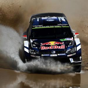 Jari-Matti Latvala kör imponerande i Mexiko.