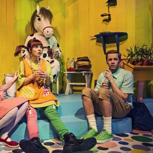 Pippi Långstrum tillsammans med Annika och Tommy och Lilla Gubben på Wasa Teaters scen.