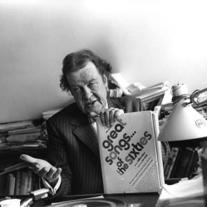 Säveltäjä Toivo KÄRKI työhuoneessaan levy-yhtiössä v. 1977