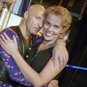 Remu Aaltonen ja Nina Honkanen Lista Top 40 -ohjelmassa vuonna 1994.