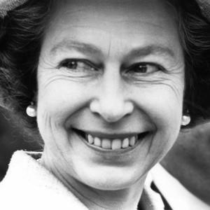 SisältöEnglannin kuningatar Elisabeth II (1976).