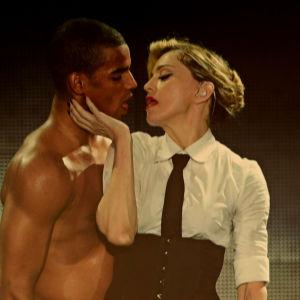 Madonna ja tanssija