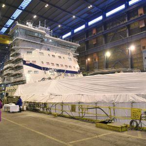Den nya isbrytaren Polaris invigdes den 11 december 2015.