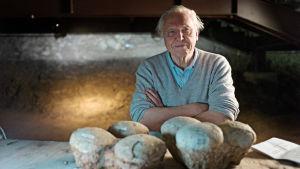 David Attenborough vie meidät 500 miljoonan vuoden matkalle tutustumaan nisäkkäiden kehitykseen.