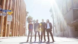 Amerikkalainen Weezer-yhtye vuonna 2016