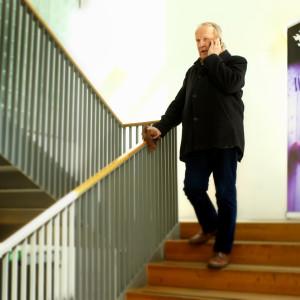 Eero tarasti, professor i musikvetenskap vid Helsingfors universitet har nyligen fått reda på att universitetet avskedar två lektorer i konstmusik.