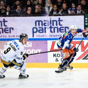 Jesse Puljujärvi och Patrik Laine i FM-ligan.