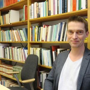 Anders Johansson är docent i litteraturvetenskap vid Umeå universitet.