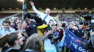 Burnley firar avancemang till Premier League.