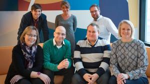 """Teamet bakom Spotlights webbsatsning """"Tipsmaskinen"""" (arbetsnamn): Johan Gullmets, Jeanette Björkqvist, Linus Lång, Gunilla Celvin, Patrik Skön, Peter Sjöholm och Malin Ekholm"""