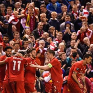 Liverpoolspelare firar i matchen mot Villareal.