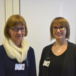 Kaisa Ruhkala (t.v.) och Rosanna Knipström vill att läkemedelskort ska hjälp värdpersonal