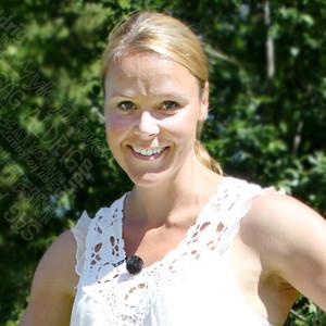 Laura Kalmari asuu nykyään Ruotsissa