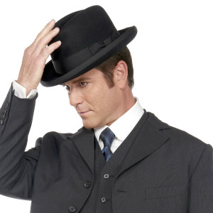 Kuvassa etsivä William Murdoch (Yannick Bisson)
