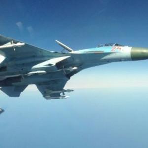 Rysk Su-27 fotograferad från svenskt signalspaningsflygplan.