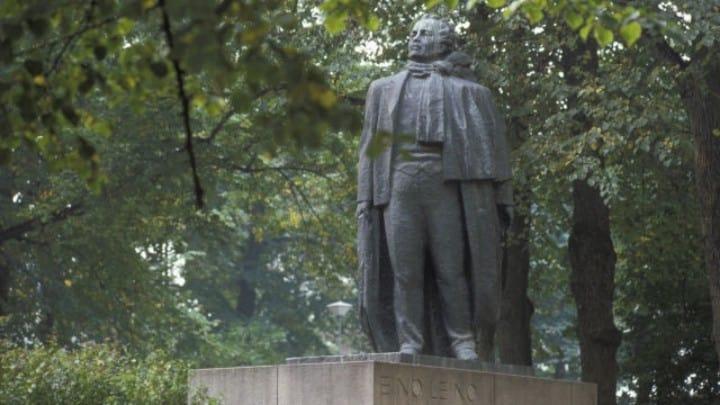 Toivon heinäkuu: Suomen itsenäistyminen, sisällissota ja Eino Leino | Aristoteleen kantapää ...