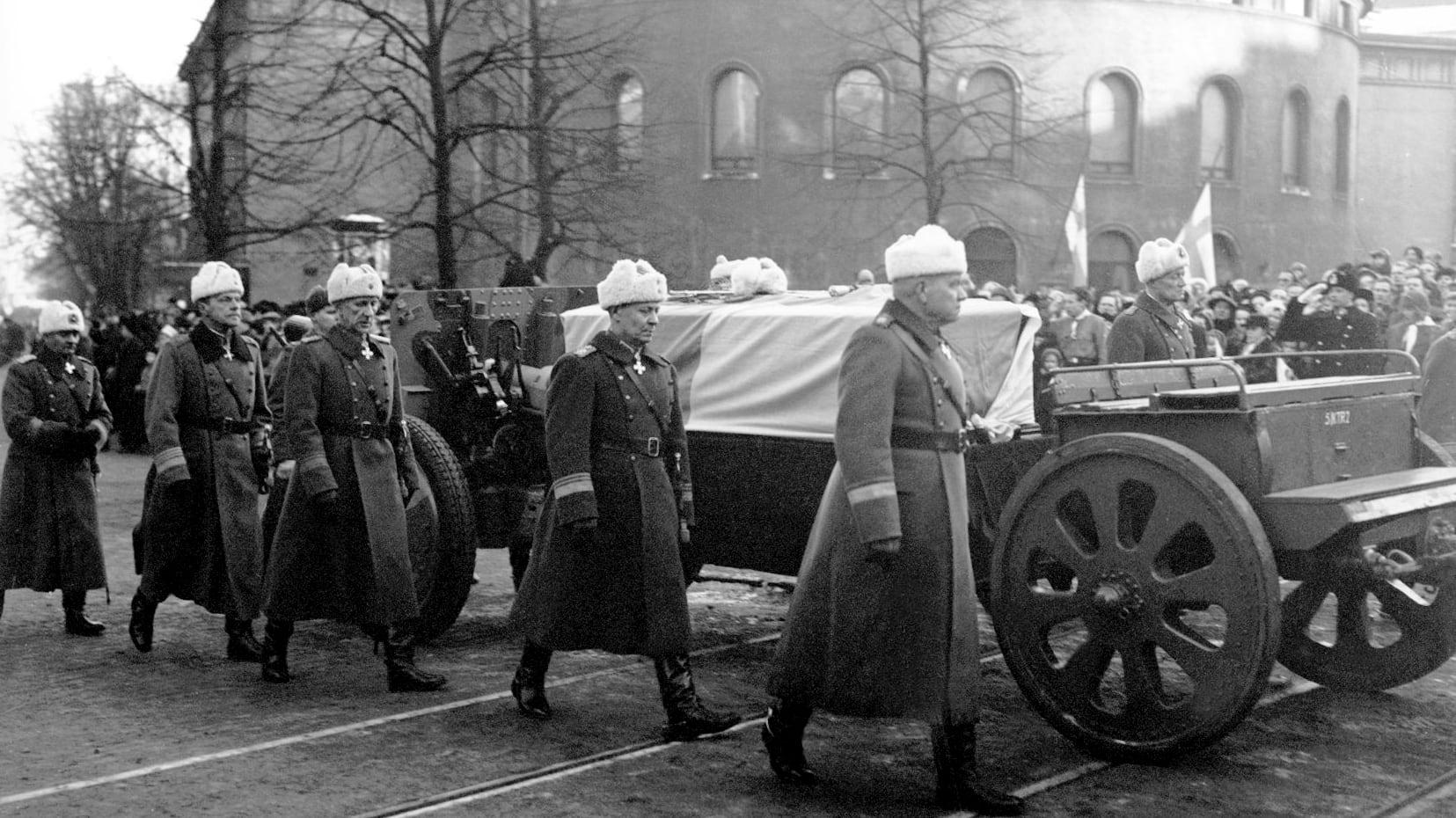 Mannerheim Hautajaiset