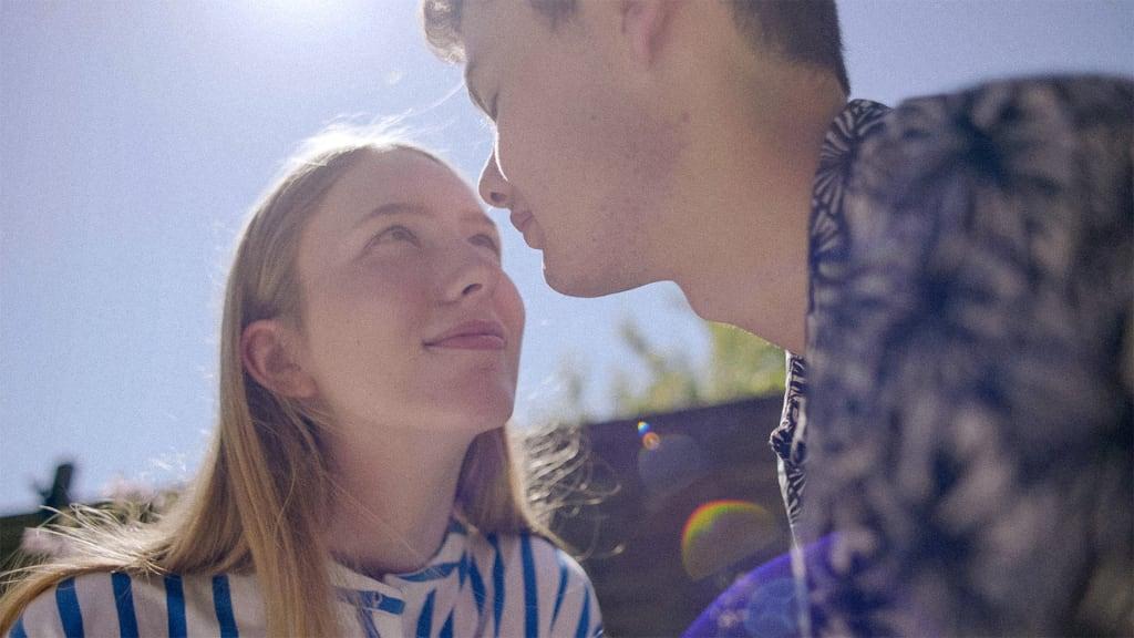 Tanssityttö Mia: Kausi 2 (traileri).