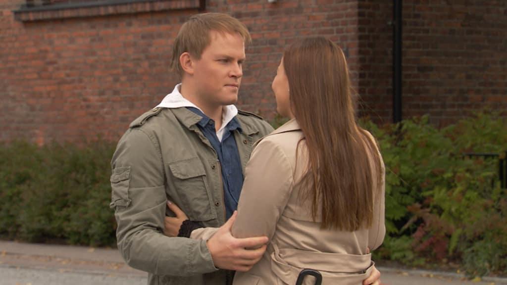 Dating en död väns hustru hastighet dating Stoke på Trent 2015