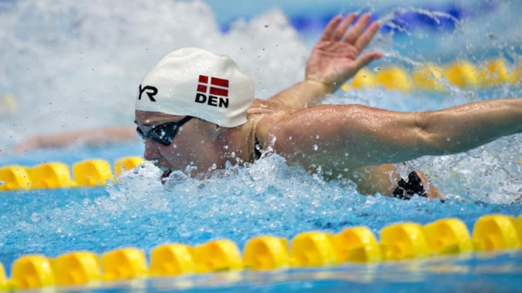28 svenskar simmar em
