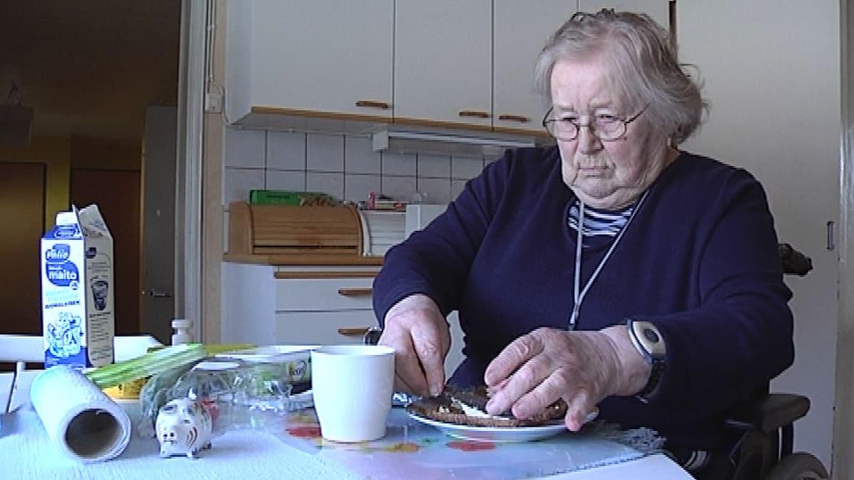 vanhusten asuminen Hyvinkaa