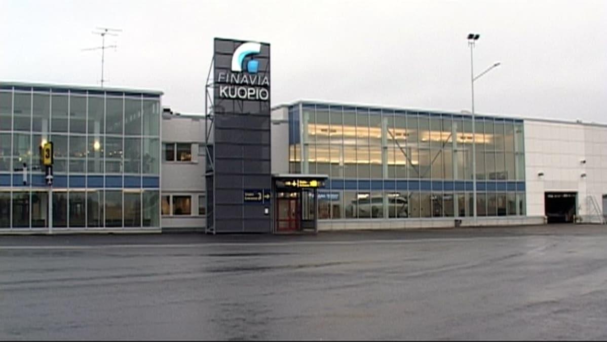 Kuopion lentoasema avataan tarvittaessa | Yle Uutiset | yle.fi