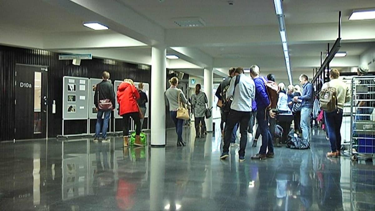 Tampereen yliopisto ulottaa kirjallisten varkauksien tunnistamisen entistä laajemmalle | Yle ...