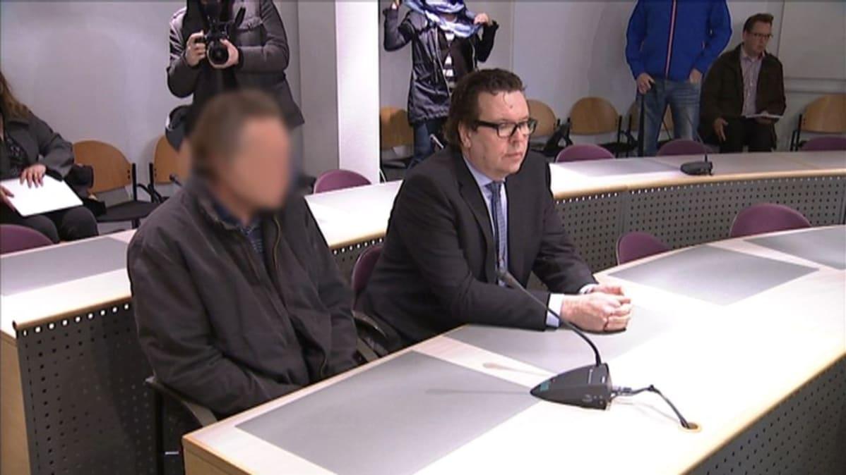 Syytetty sanoo vanhuksen tehneen itsemurhan – Salon myrkkyhoitaja tuomitaan lähiviikkoina | Yle ...