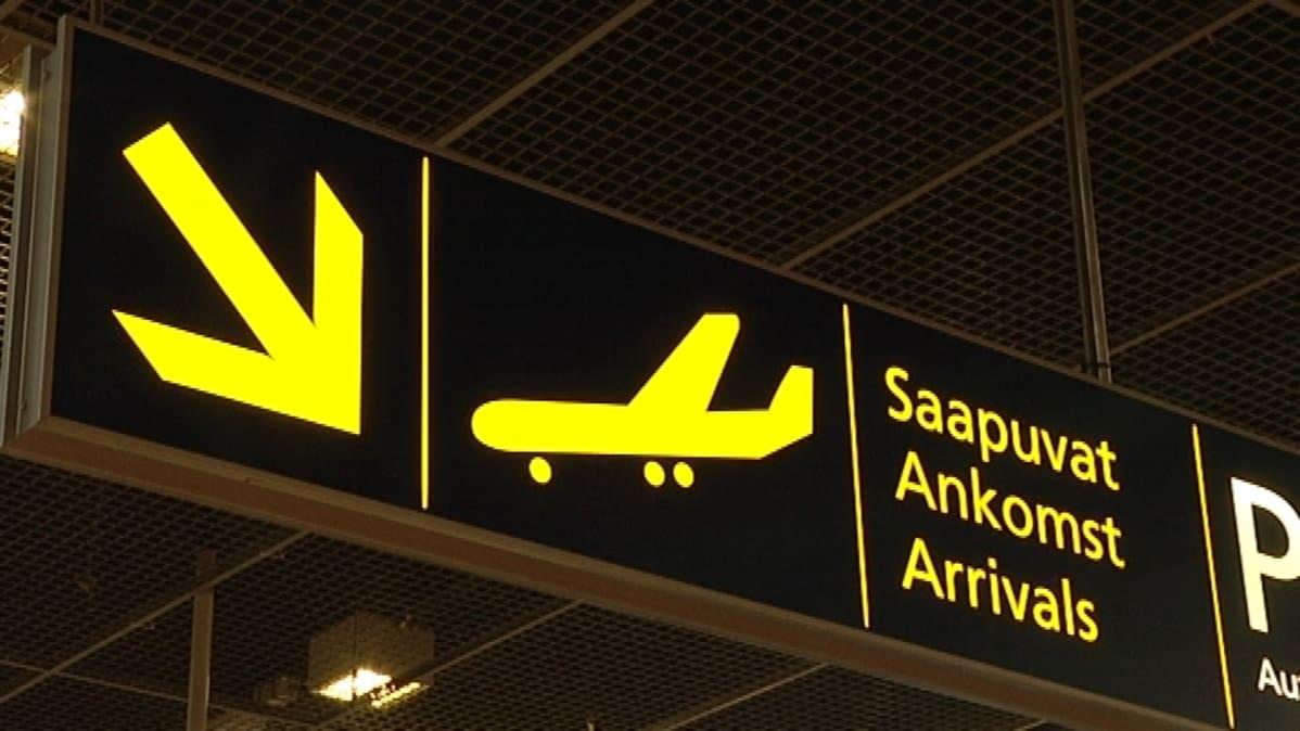 Hankala sää pakotti sulkemaan Turun lentoaseman kiitoradan – kenttä saatiin auki iltapäivällä ...