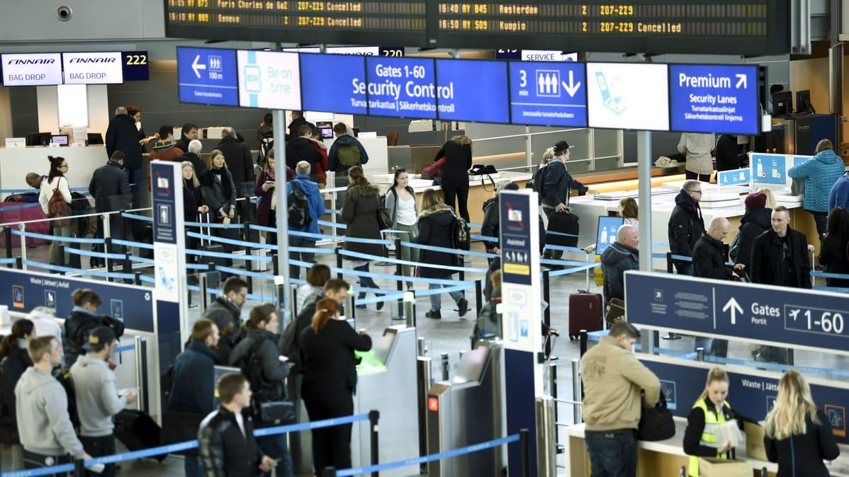 Ilmailualan lakko toteutuu perjantaina – Finnair peruu lähes sata lentoa | Yle Uutiset | yle.fi