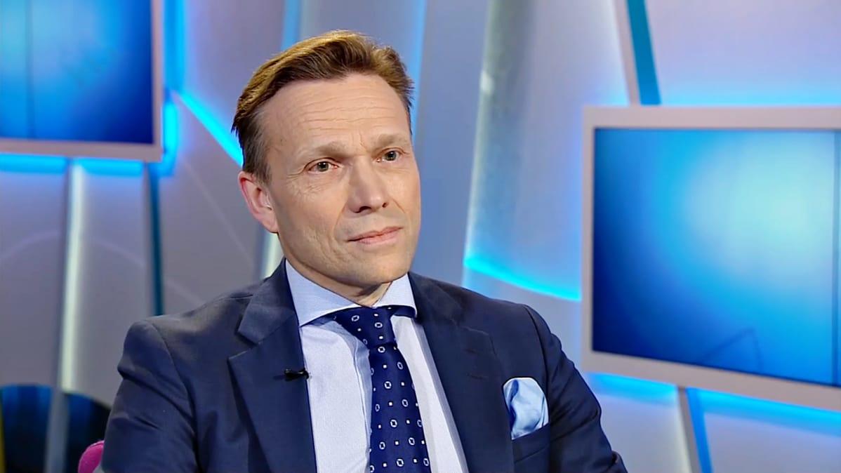 Olympiakomitean puheenjohtaja vaihtaa huippuviran toiseen | Yle Urheilu | yle.fi