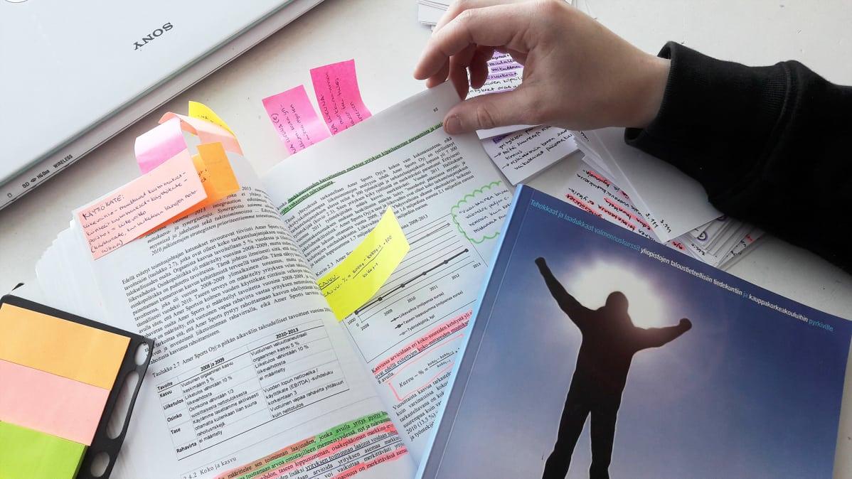 Pääsykokeiden vähentäminen vie pohjaa valmennuskursseilta – Kansanopistot valmiita preppaamaan ...