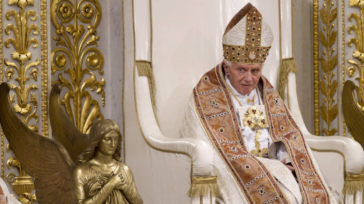 Paavi Benedictus