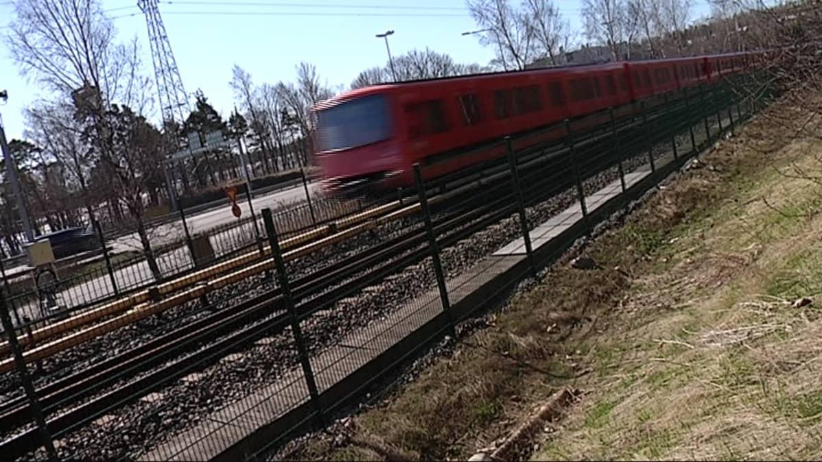 Metron Aikataulu