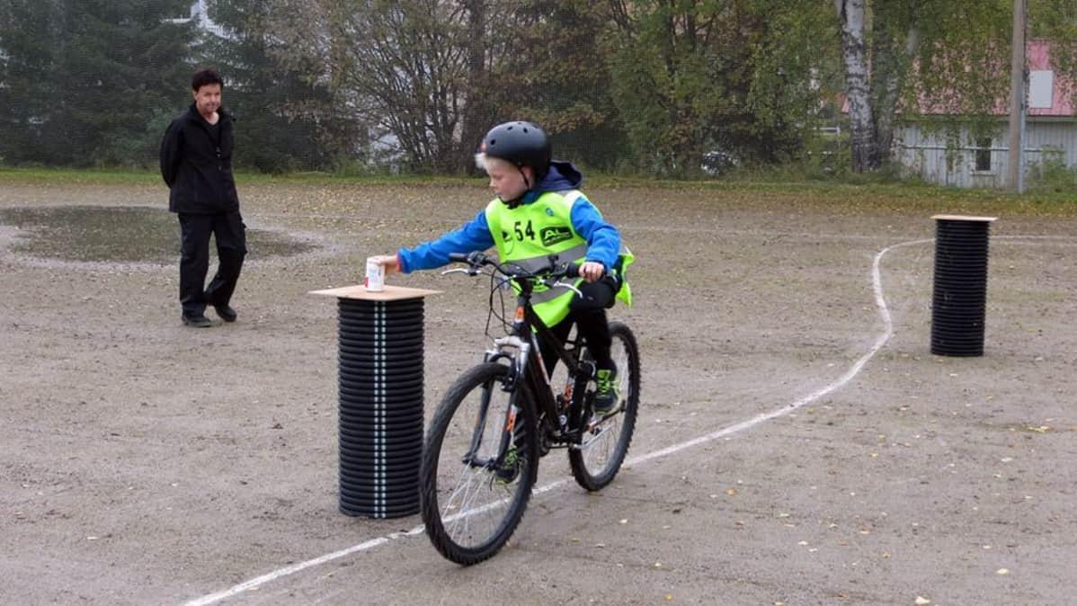 Polkupyörän Pakolliset Varusteet
