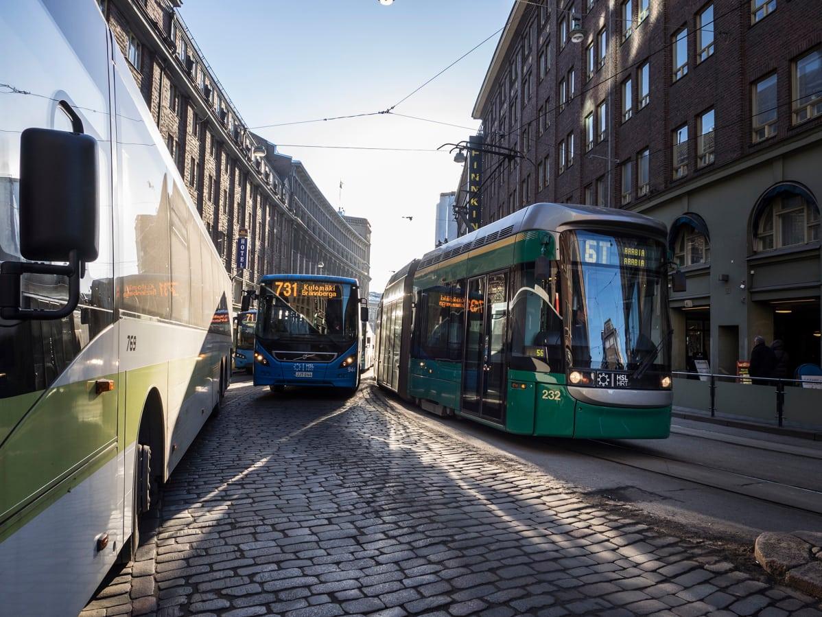 Ratikkalinjat muuttuvat ensi viikolla: Nämä asiat kannattaa tietää uudistuksesta | Yle Uutiset ...