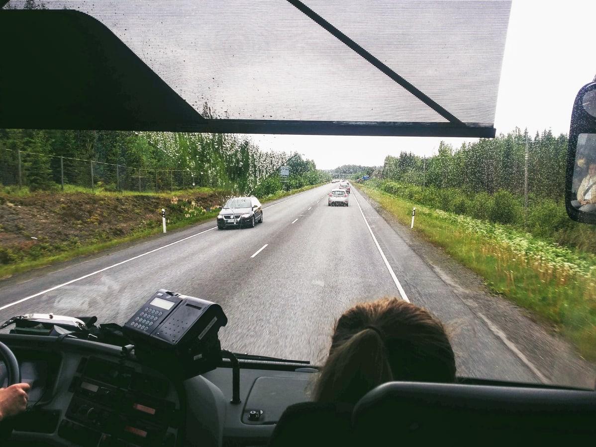 VR, Onnibus ja Matkahuolto havittelevat kaikki kasvua matkaketjuista – lippumullistuksen tiellä ...