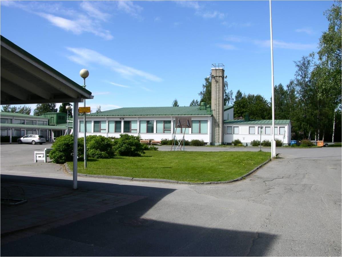 Karjasillan Koulu
