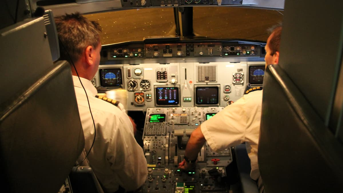 Lennot Hollantiin